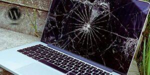 ремонт сломанного Macbook